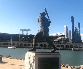 statue2015